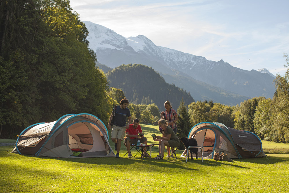 Choosing the right tent can help you get the most out of your c&ing holiday. & How to Choose: A Guide to Buying a Tent | Decathlon UK